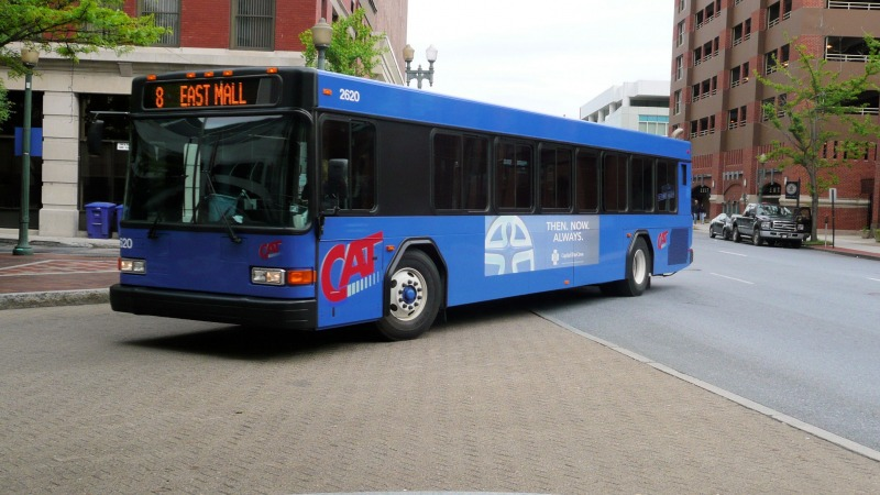 2620 arriving at the downtown transit center - Taken by Jayayess1190